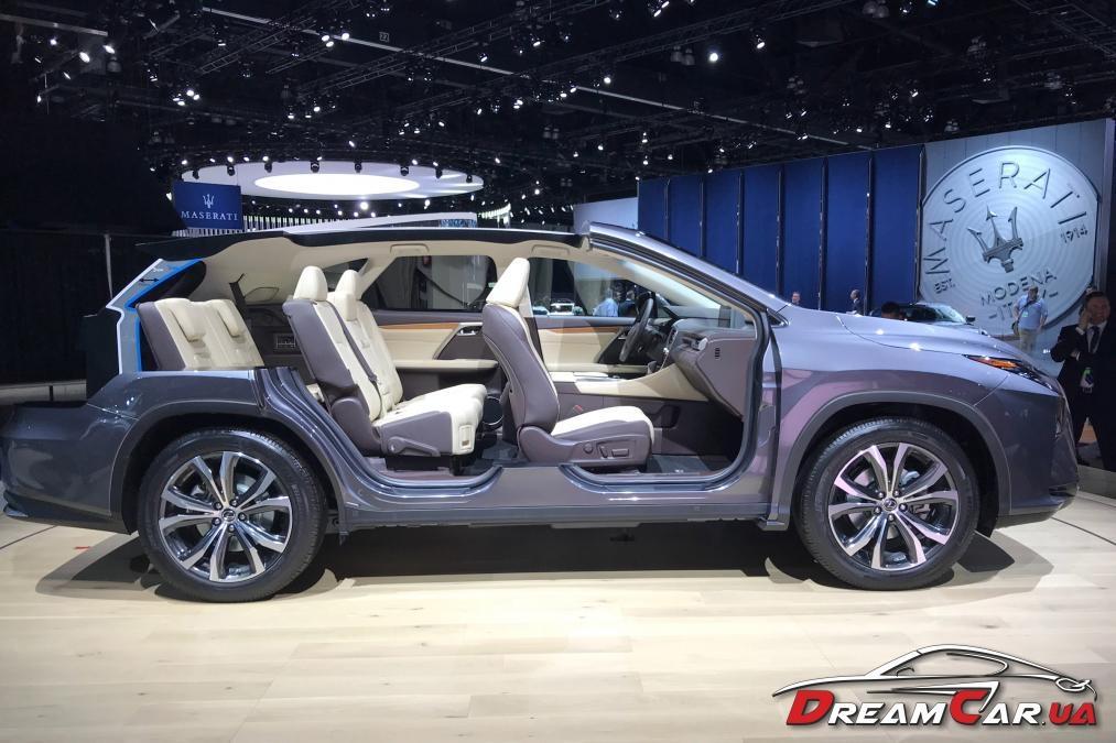 Lexus RX L 3
