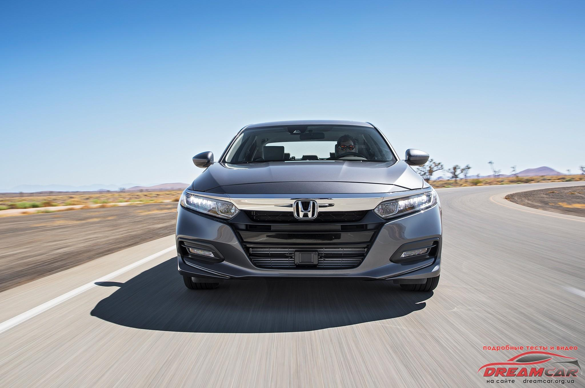 2018-Honda-Accord-1.5T-EX-front-in-motion