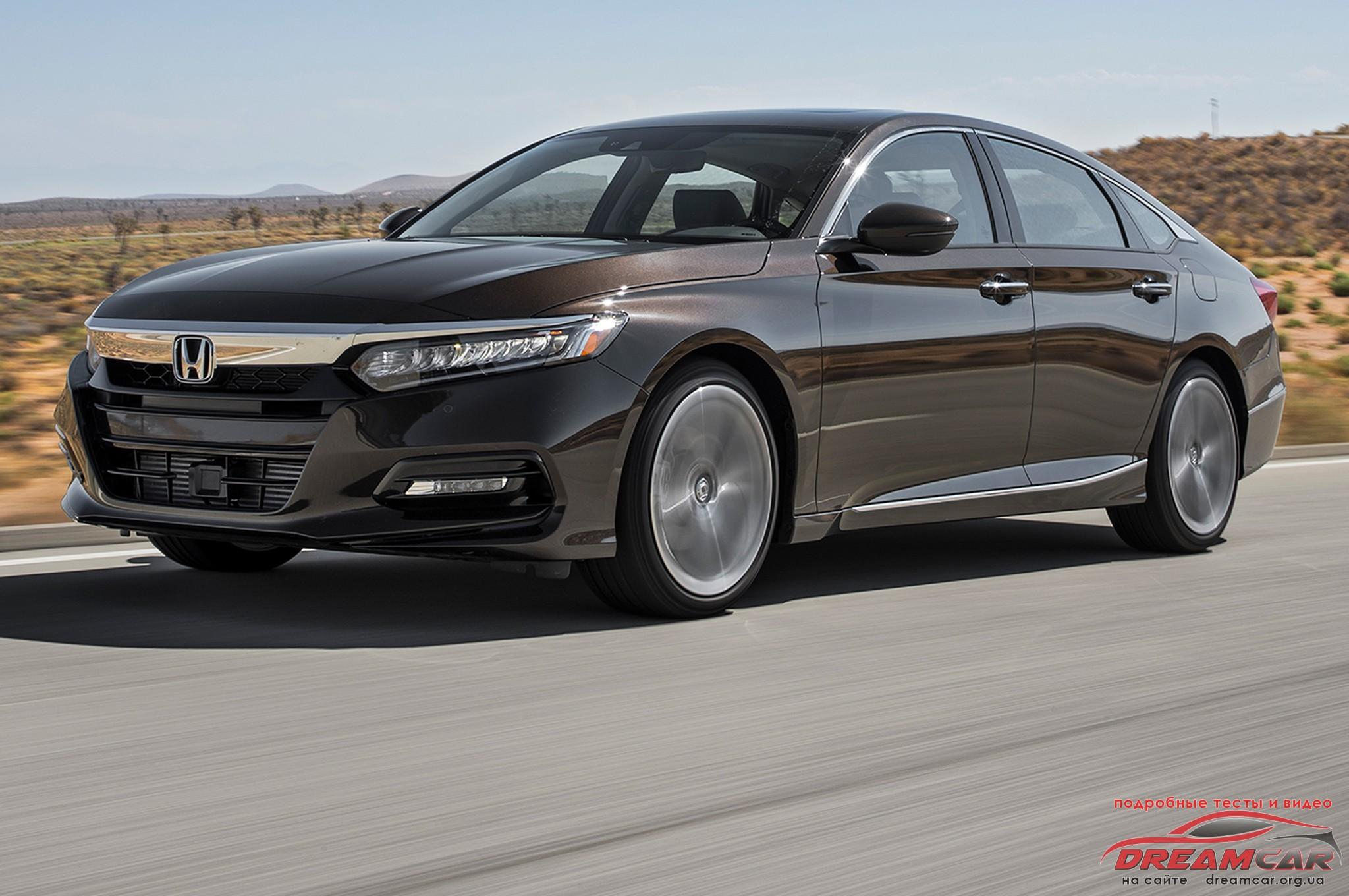 2018-Honda-Accord-2.0T-Sport-front-three-quarter-in-motion-00