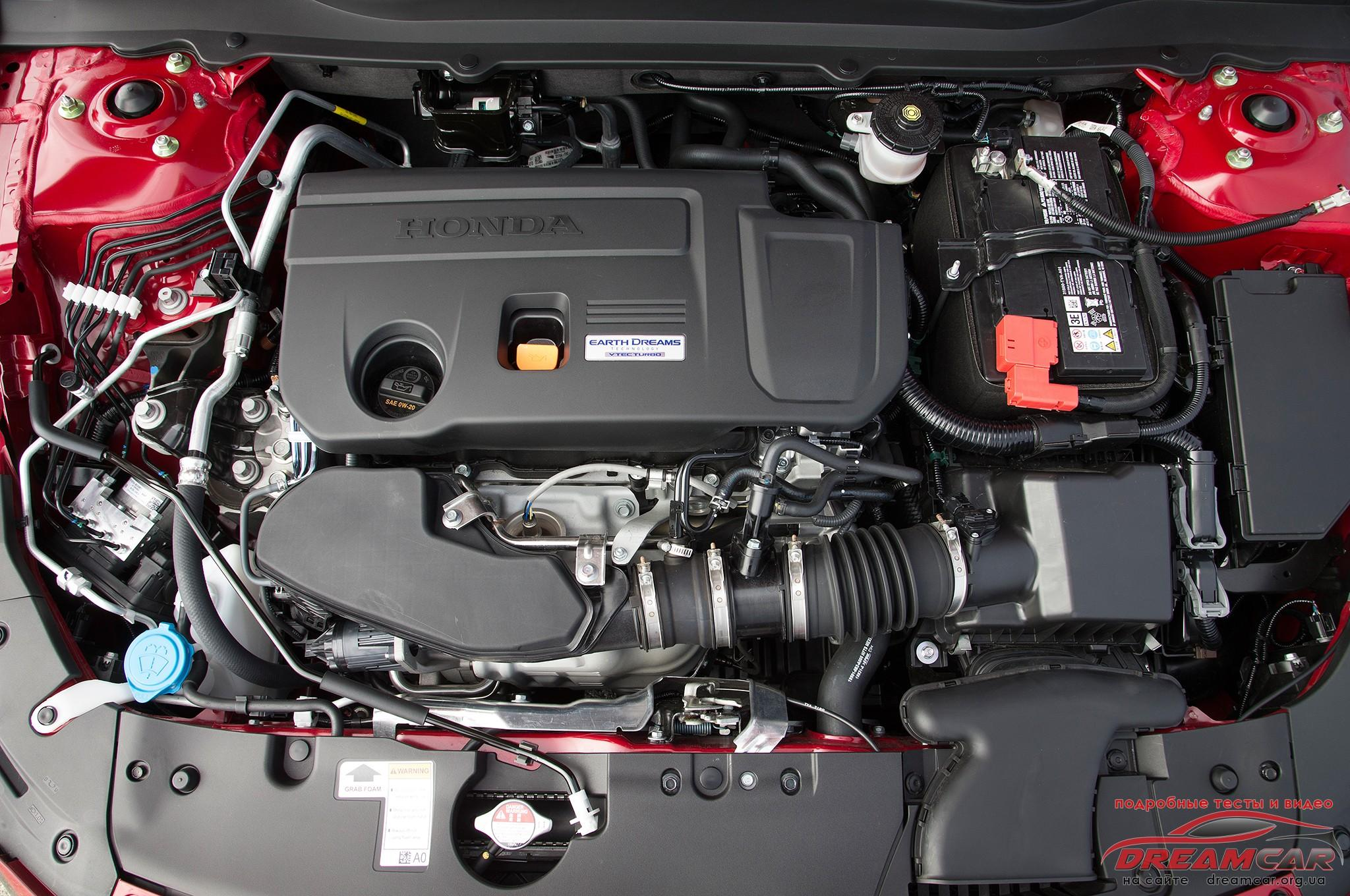 2018-Honda-Accord-2.0T-Touring-engine